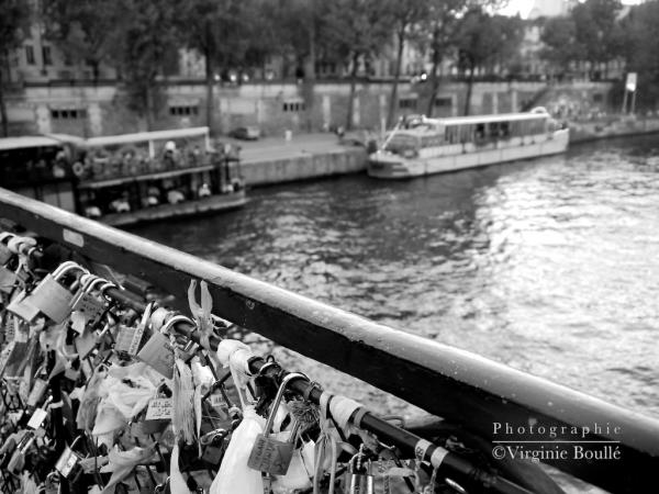 Pont des Arts, Paris, France ©Virginie Boullé