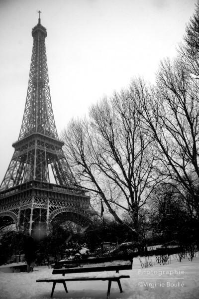 La Tour Eiffel, Paris sous la neige. 20 Janvier 2013