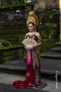 Prewedding, Monkey Forest de Sangeh, Bali ©Virginie Boullé
